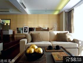 复式公寓客厅布沙发装修效果图