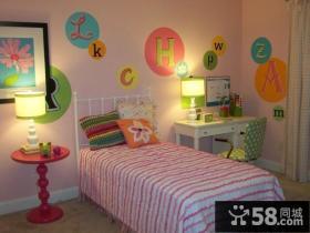 小户型儿童房公主床装修效果图