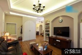 美式风格小户型客厅家具摆放设计