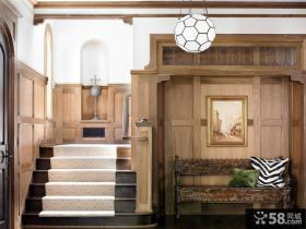 欧式木墙裙楼梯效果图
