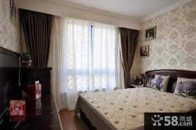 美式风格卧室装修双层窗帘图片