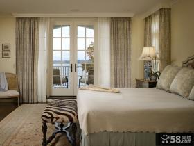 卧室带阳台装饰效果图