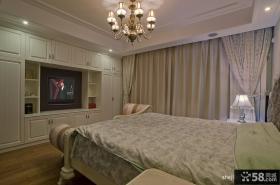 2013欧式风格别墅豪华80后卧室组合衣柜窗帘装修效果图