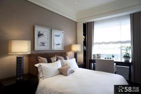 现代风格卧室床头装饰画效果图