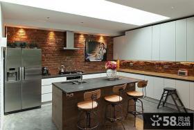 复古欧式别墅室内厨房装饰效果图