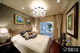 现代欧式主卧室吊灯效果图