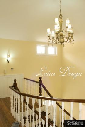 美式别墅楼梯间吊顶灯图片