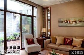现代风格客厅阳台装修效果图欣赏