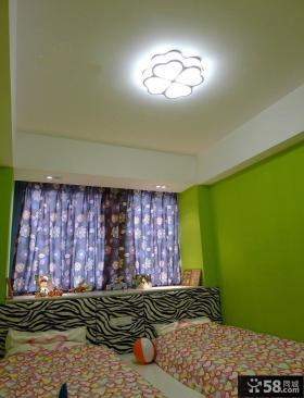 小卧室飘窗装饰图片欣赏