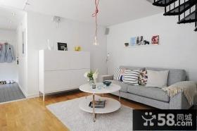 复式楼白色简约客厅装修效果图大全