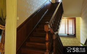 美式经典室内阁楼楼梯设计效果图