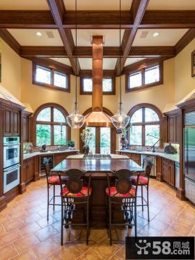 美式别墅大厨房装修图片