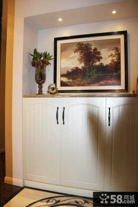 白色玄关鞋柜设计