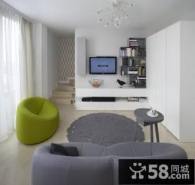 简约自然的复式楼客厅电视背景墙装修效果图