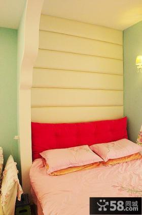 现代风格卧室床头软包背景墙