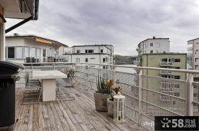 现代三居阳台装修设计效果图