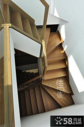 复式楼实木楼梯设计效果图