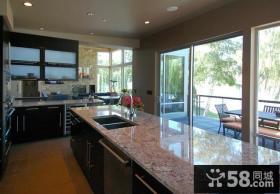 现代风格厨房整体橱柜装修效果图