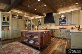 美式乡村风格大厨房装修设计