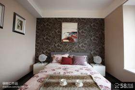 现代风格主卧室壁纸装修效果图