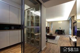 现代简约客厅玄关玻璃隔断效果图