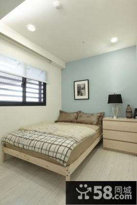 简约现代风格卧室阁楼图片