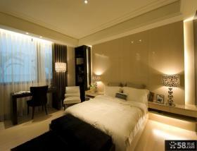卧室床头瓷砖背景墙装修效果图