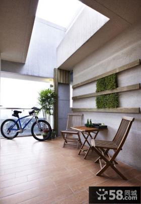 简约风格两房装修休闲阳台设计