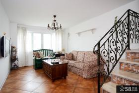 田园风格复式楼客厅装修效果图