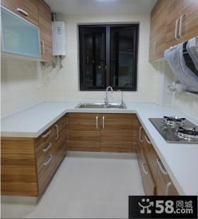 简约风格U型厨房橱柜效果图