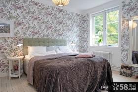 2013现代风格女生卧室壁纸背景墙装修效果图
