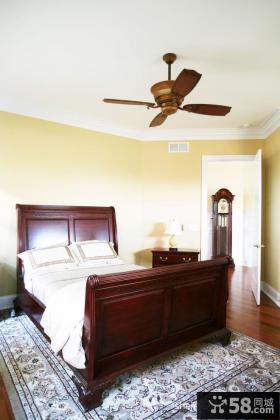 美式风格经典别墅卧室装修效果