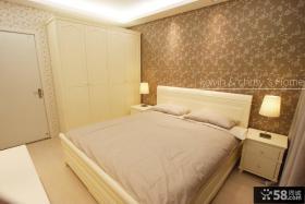 现代简约卧室床头壁纸背景墙设计图片