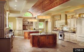 美式风格别墅超大厨房装修图片欣赏