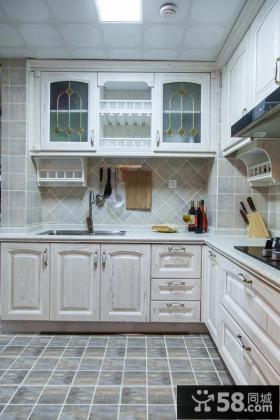 欧式简约厨房装饰设计效果图片
