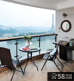 小户型客厅阳台设计效果图