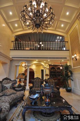 高档别墅欧式客厅设计