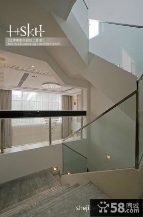 现代复式楼梯过道装修效果图