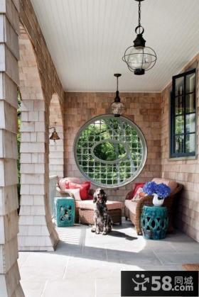 北欧风格户外阳台装饰设计图