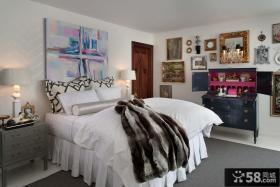 欧式简约卧室装修图片