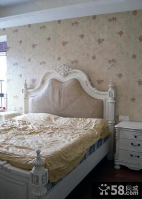 欧式小户型卧室床头壁纸背景墙装修效果图