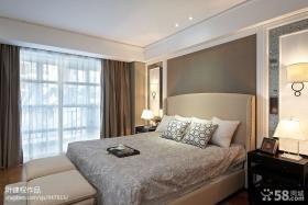 卧室深色深色窗帘装修设计效果图