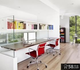 现代风格红色厨房橱柜装修效果图
