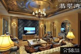 欧式别墅客厅电视墙装饰