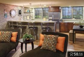 美式复古风格吧台式厨房装修
