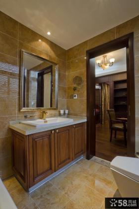 中式风格复式卫生间装修效果图
