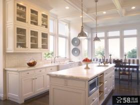 欧式整体厨柜效果图欣赏