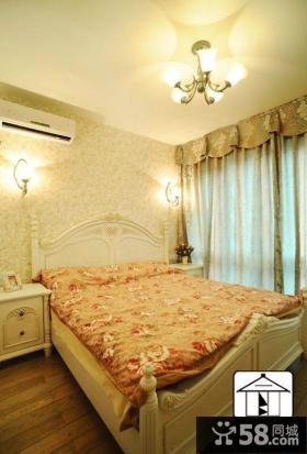 主卧室碎花壁纸装修效果图片欣赏