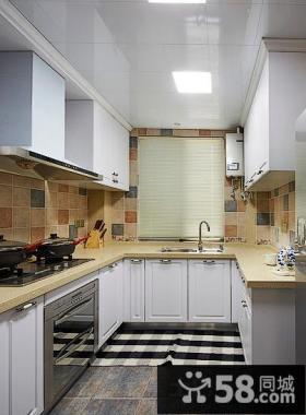 U型厨房欧式橱柜效果图