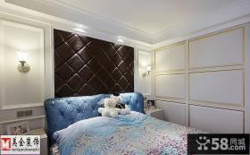 现代风格卧室床头软包皮背景墙效果图